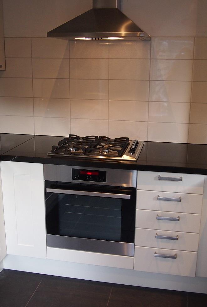 Keuken-plaatsen-inbouwapparatuur